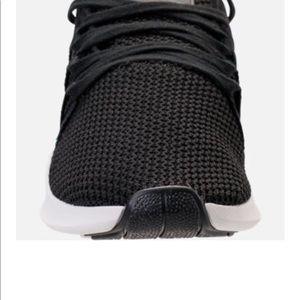 tutte le scarpe nere di donne famose scarpe adidas 2018